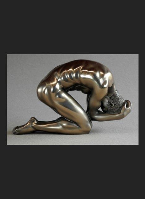 Parastone Statue Man Kneeling with Hands on Head