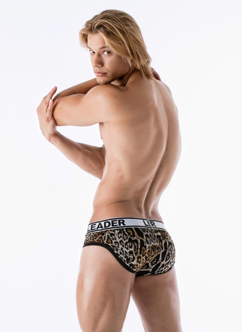 Leader Hunter Brief Leopard Medium
